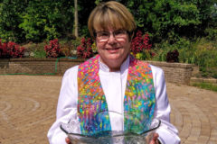 Rev. Diane Dowgiert Becomes Minister of UUS