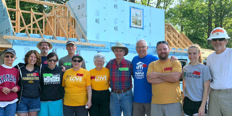 Unitarian Universallist Society members assisting on Habitat for Humanity build day